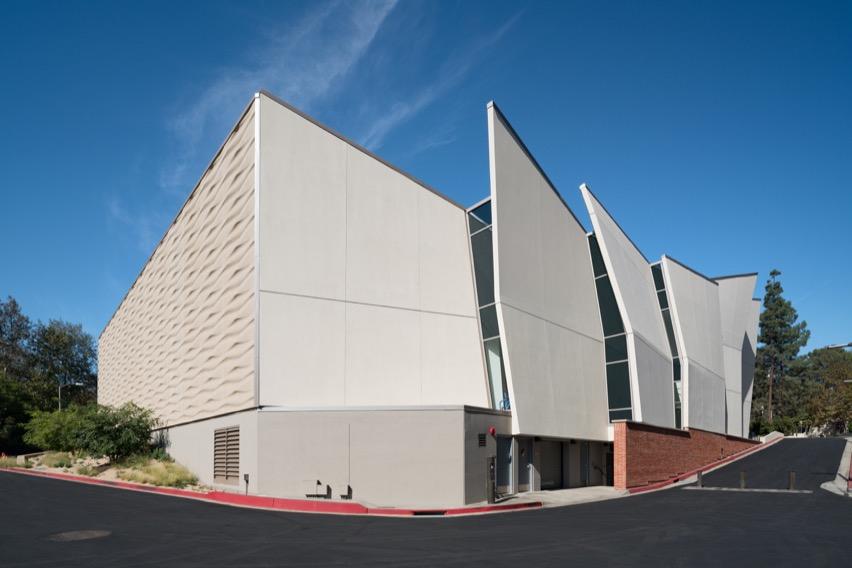 Complejo deportivo en California construido con concreto reforzado-00